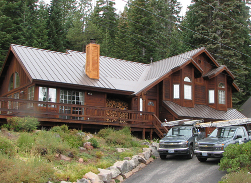 new metal roof on a wood sided home in the Lake Tahoe area